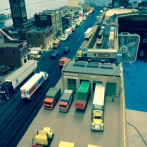 41 ho Many of the trucks powered and run the city Tankers-piggybacks and some new 53 ft reefers 53 ft